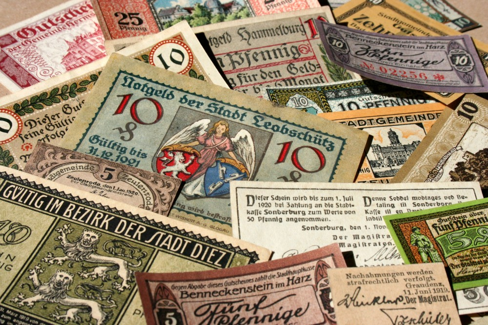 german_banknotes_in_1917-1919_the_town_money